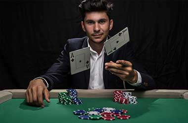 Top Poker Pros Argue On When Is The Right Time To Turn Pro