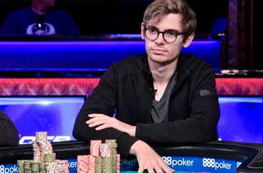 Fedor Holz Captures His Second WSOP Bracelet In $25k Heads Up Event